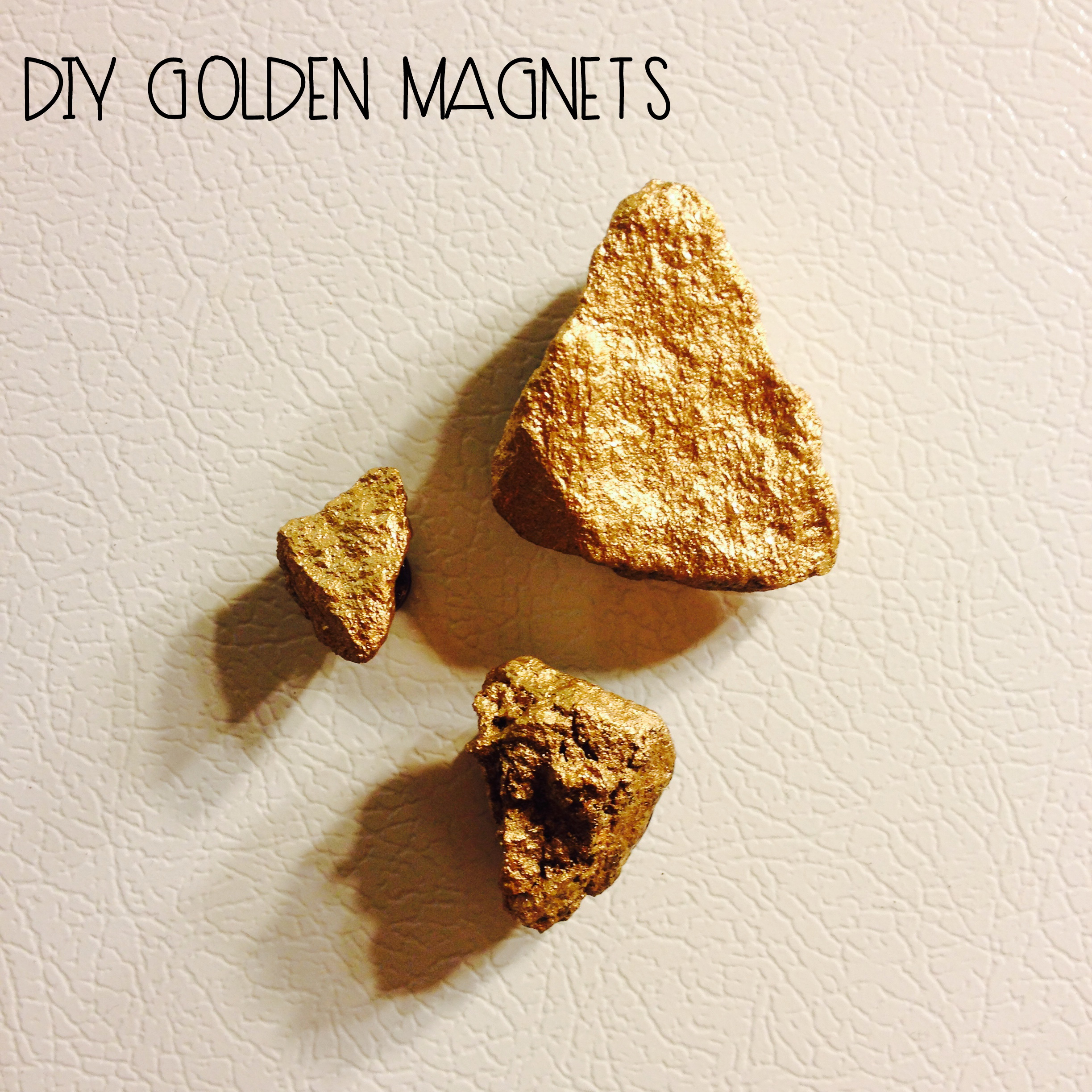#DIY Golden Magnets | MrsAmberApple