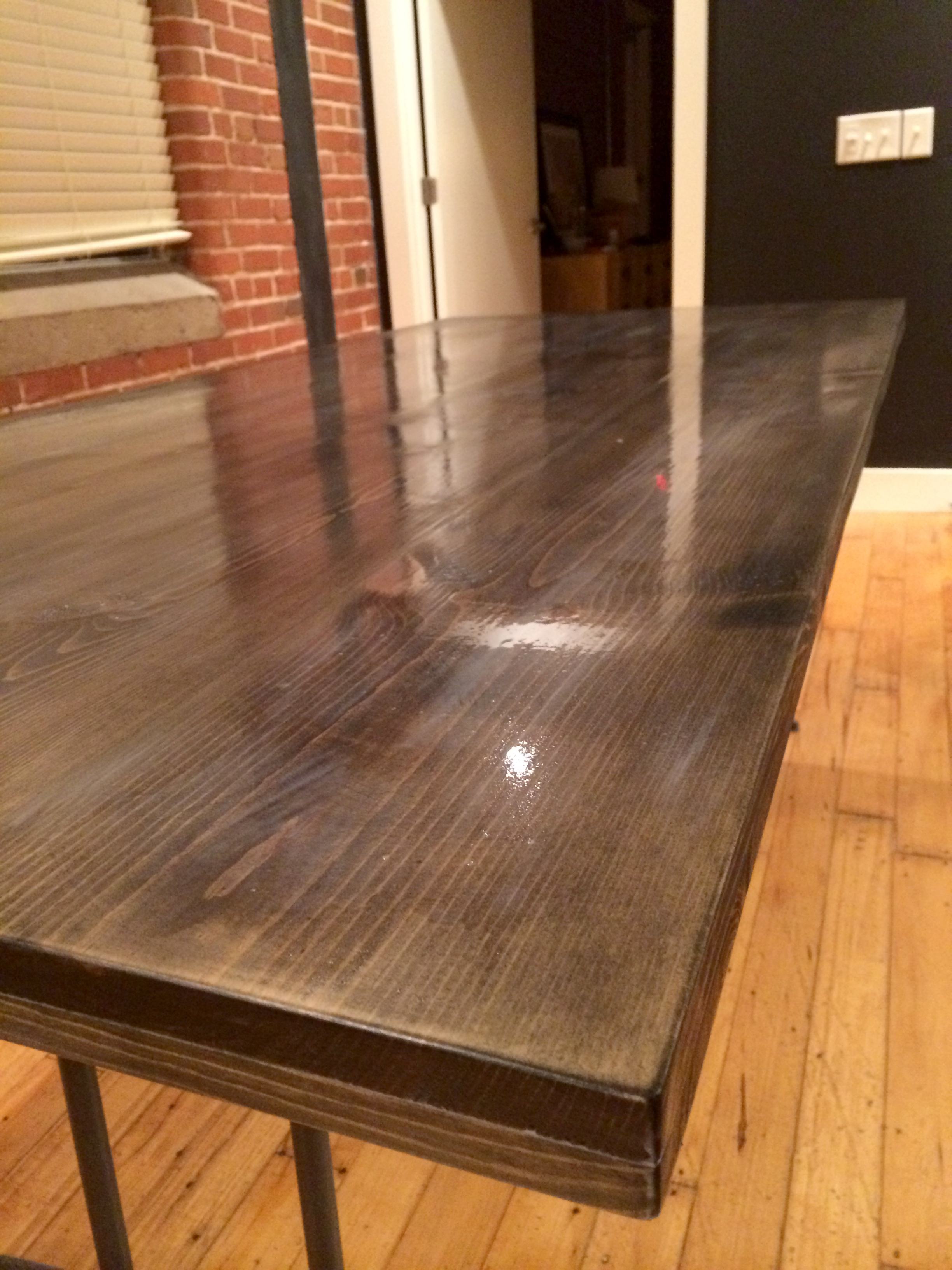 Ebony Staining #DIY Kitchen Table | Red Autumn
