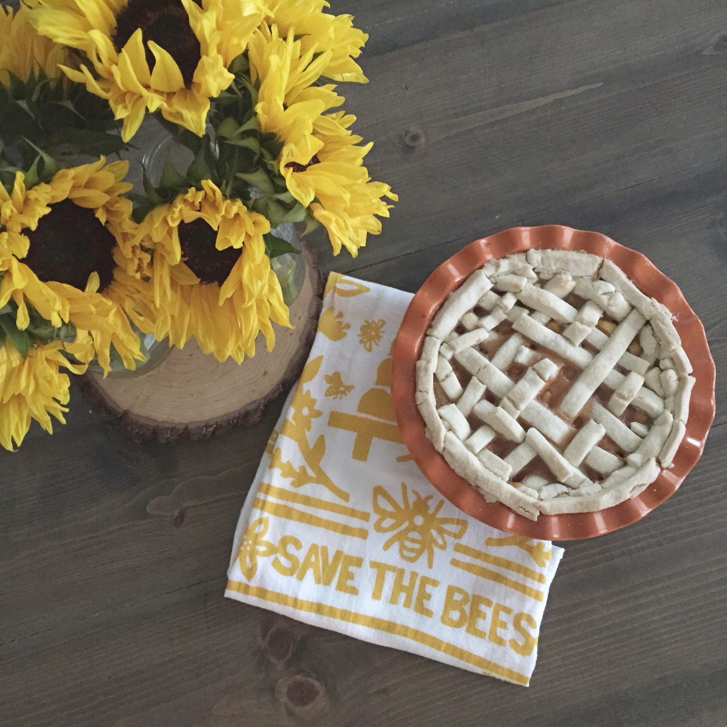 Georgia Peach Pie | Red Autumn Co