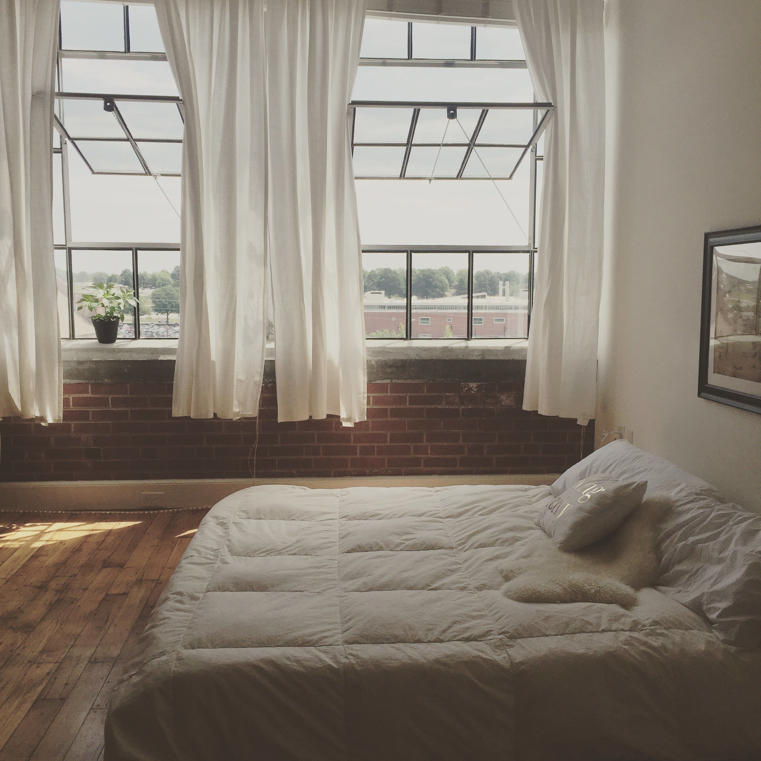 White Loft Bedroom | Red Autumn Co.