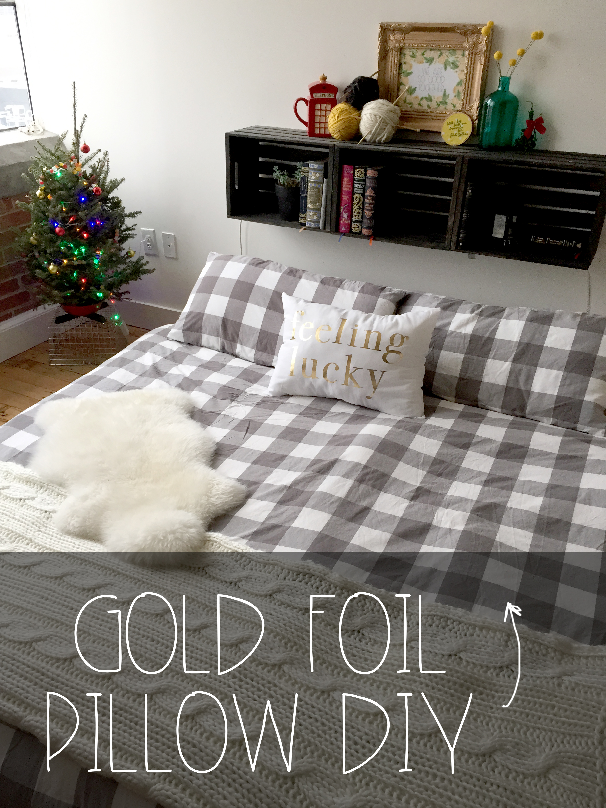 featured Gold Foil Pillow DIY | Red Autumn Co